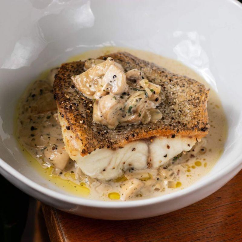 貝夏梅蘑菇龍虎石斑 Grouper with Béchamel Sauce【升級套餐請下拉規格選擇】